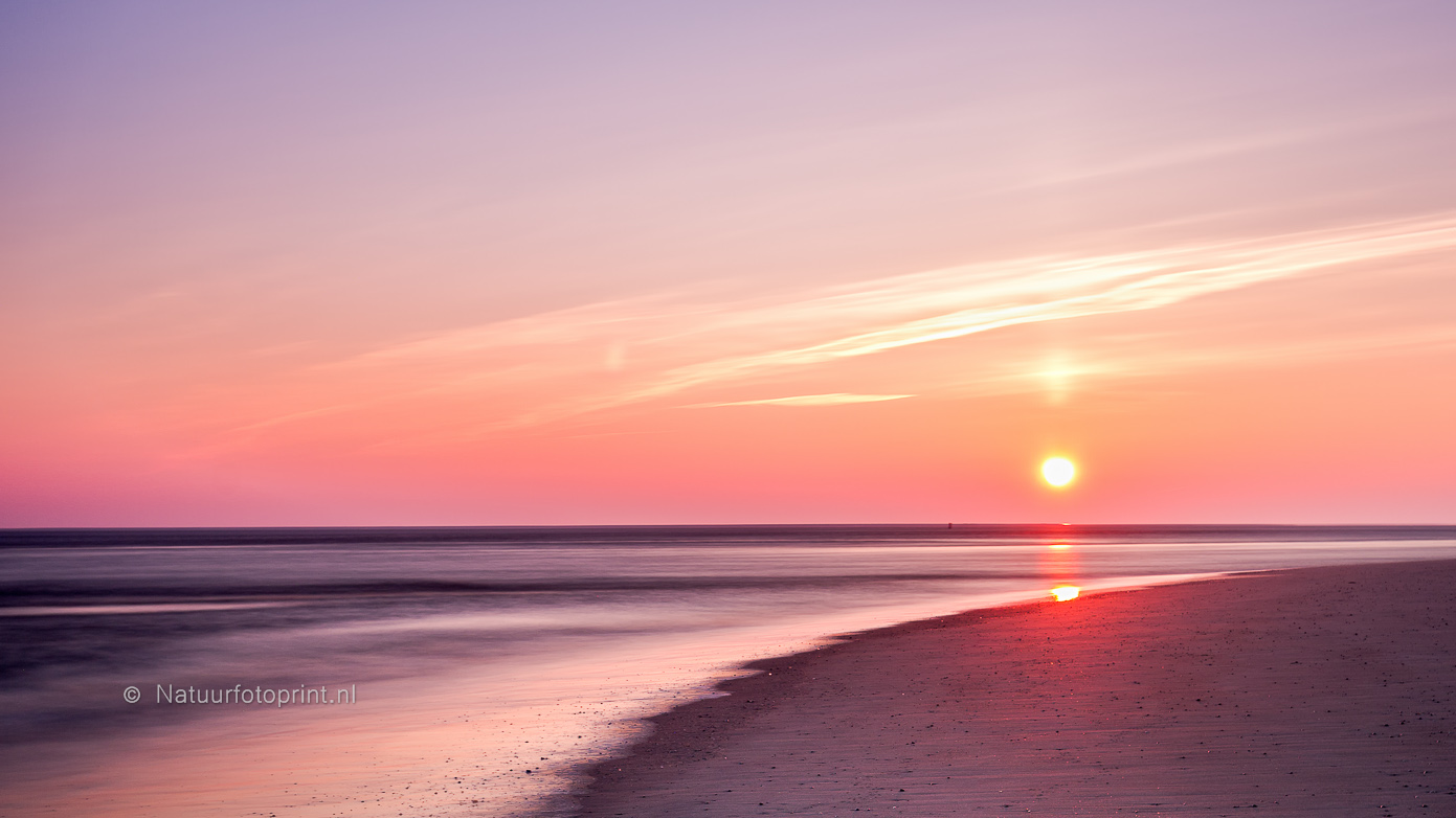 Sunrise at the beach – Zonsopkomst op Texel